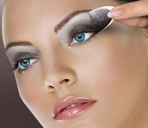 Секреты макияжа для разных глаз